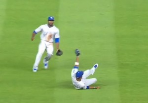 Alcides Escobar turns in a gem in the sixth inning.