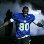 Isaac Bruce is introduced to the crowd. UPI/Bill Greenblatt