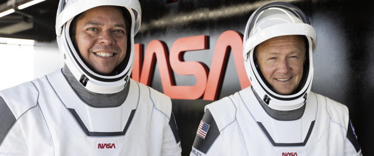 slider-astronauts-1200×500